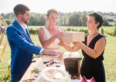 Rituel du vin scellé par mademoiselle loyal wedding planner
