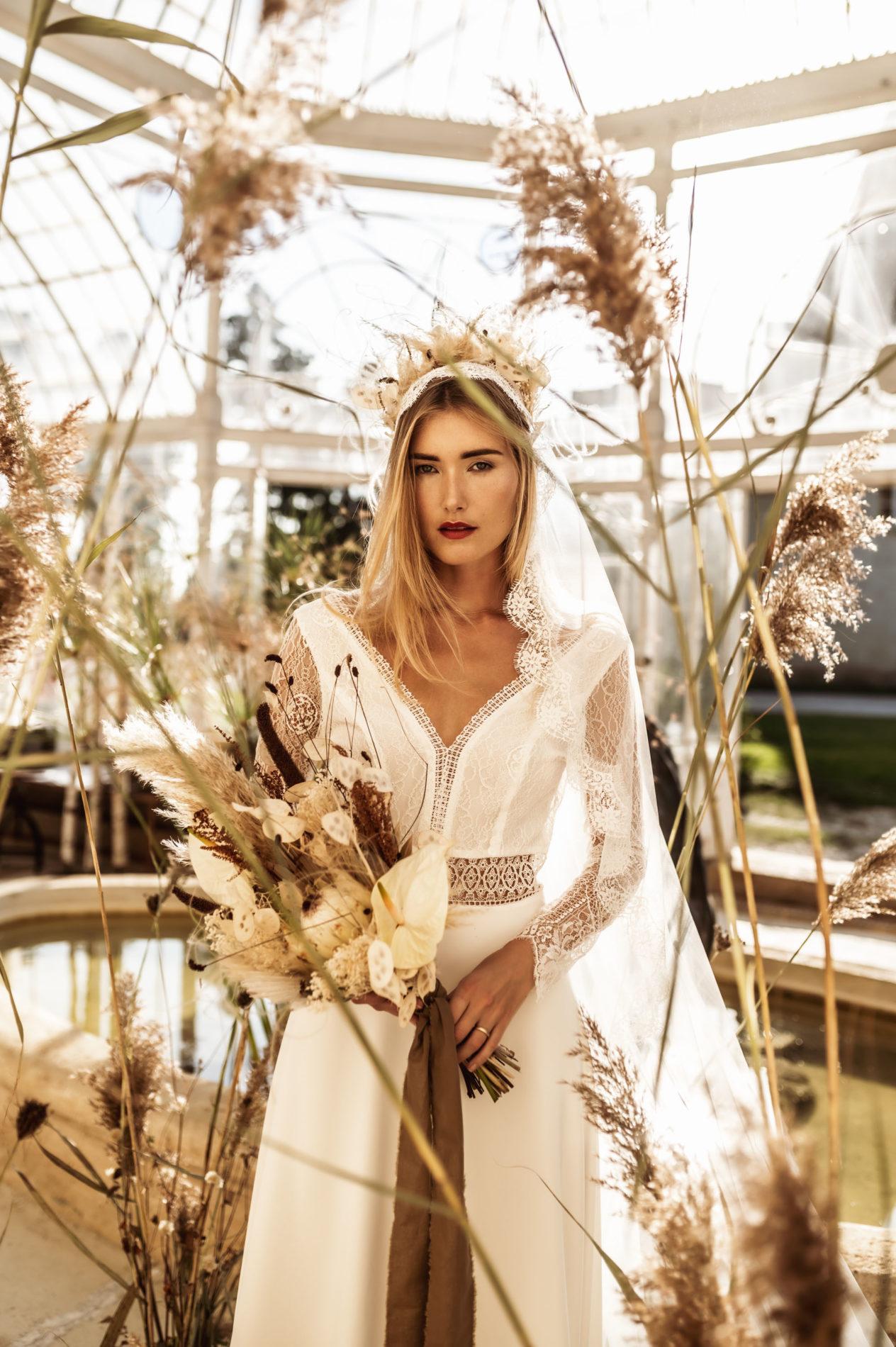 mariée romantique en robe ncv